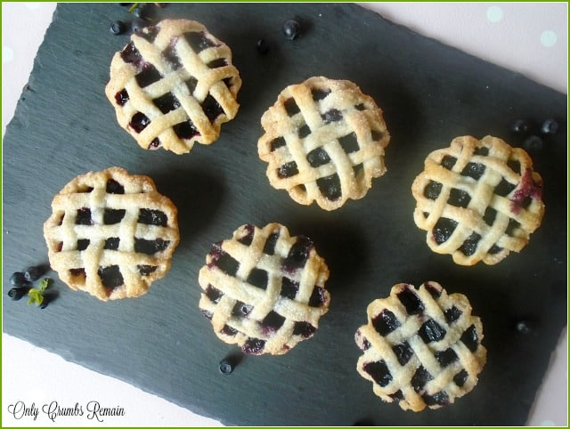 How to build a lattice crust on your fruit pies